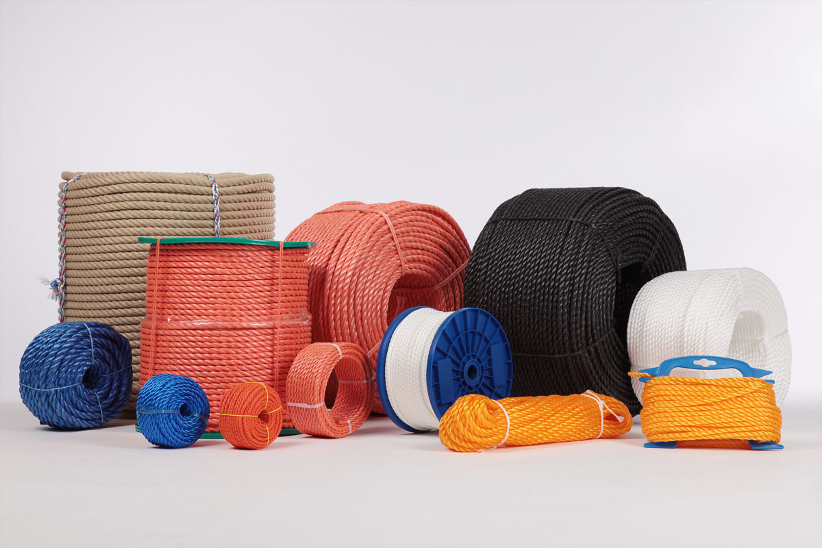 Multipurpose ropes for DIY stores, self-service sector, garden and hobby
